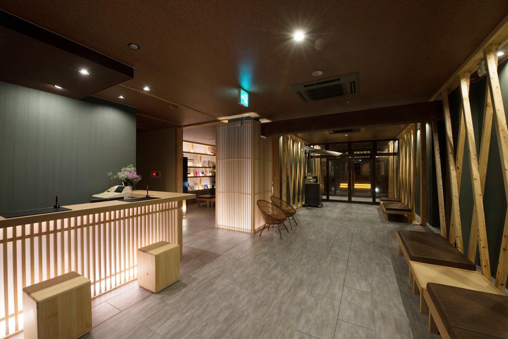 facilities-lobby